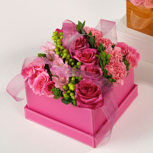 Pink Perfection Made In A Modern Vase Xaviers Florist